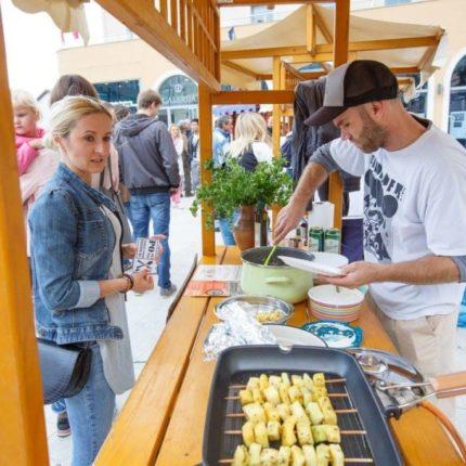 REPeat photo by Jelka Lekše - Summer edition of Street Food Festival POjej&POpij in Postojna
